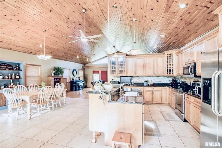 Open concept kitchen inAledo